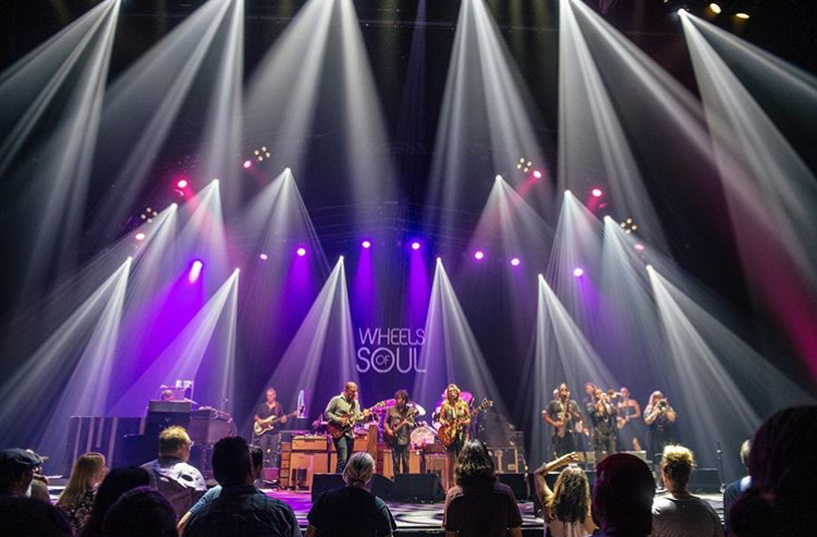 "Brian Pirrone Lights Up The ""Wheels Of Soul"" Tedeschi Trucks Band Tour"
