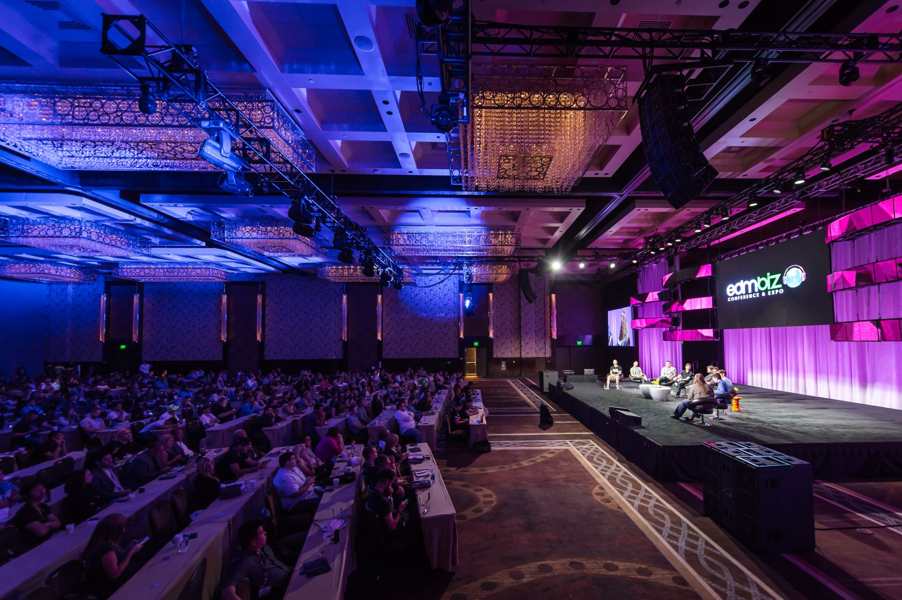 The Professional Guide to Event Staging for Major Conferences